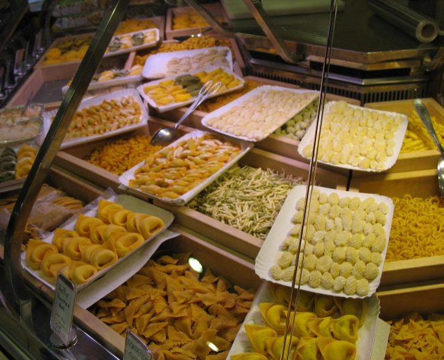 Pasta factory - Casa del Tortellino