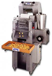 Machine for cappelletti, tortelloni and ravioli with simple stapling, RC140