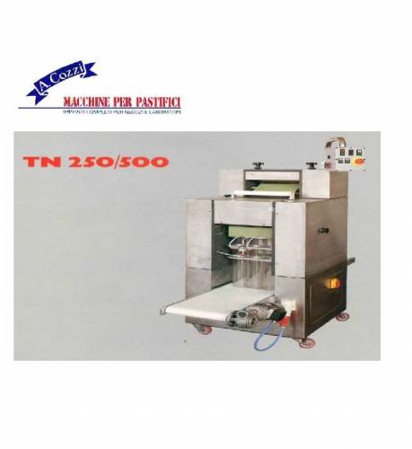 Machines for pasta nests with automatic cutter