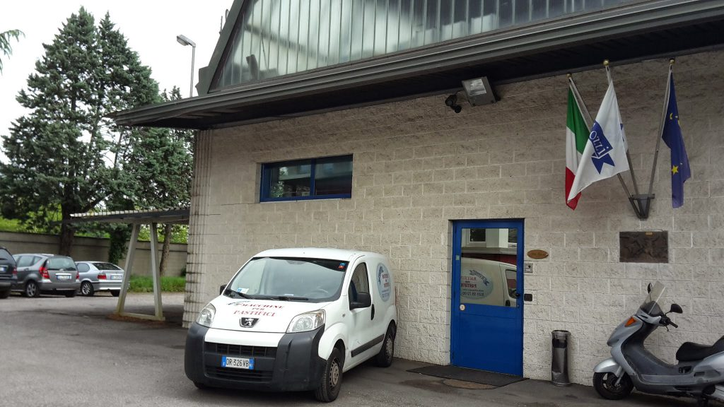 Company Cozzi Macchine per Pasta, our offices and the exhibition of new and used pasta machines