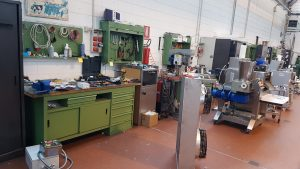 Pasta machine technicians assistance and repair of pasta machines